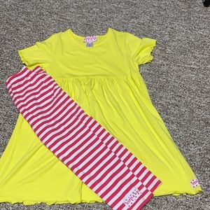 NWOT Ruffle Girl Outfit-Size 12/14